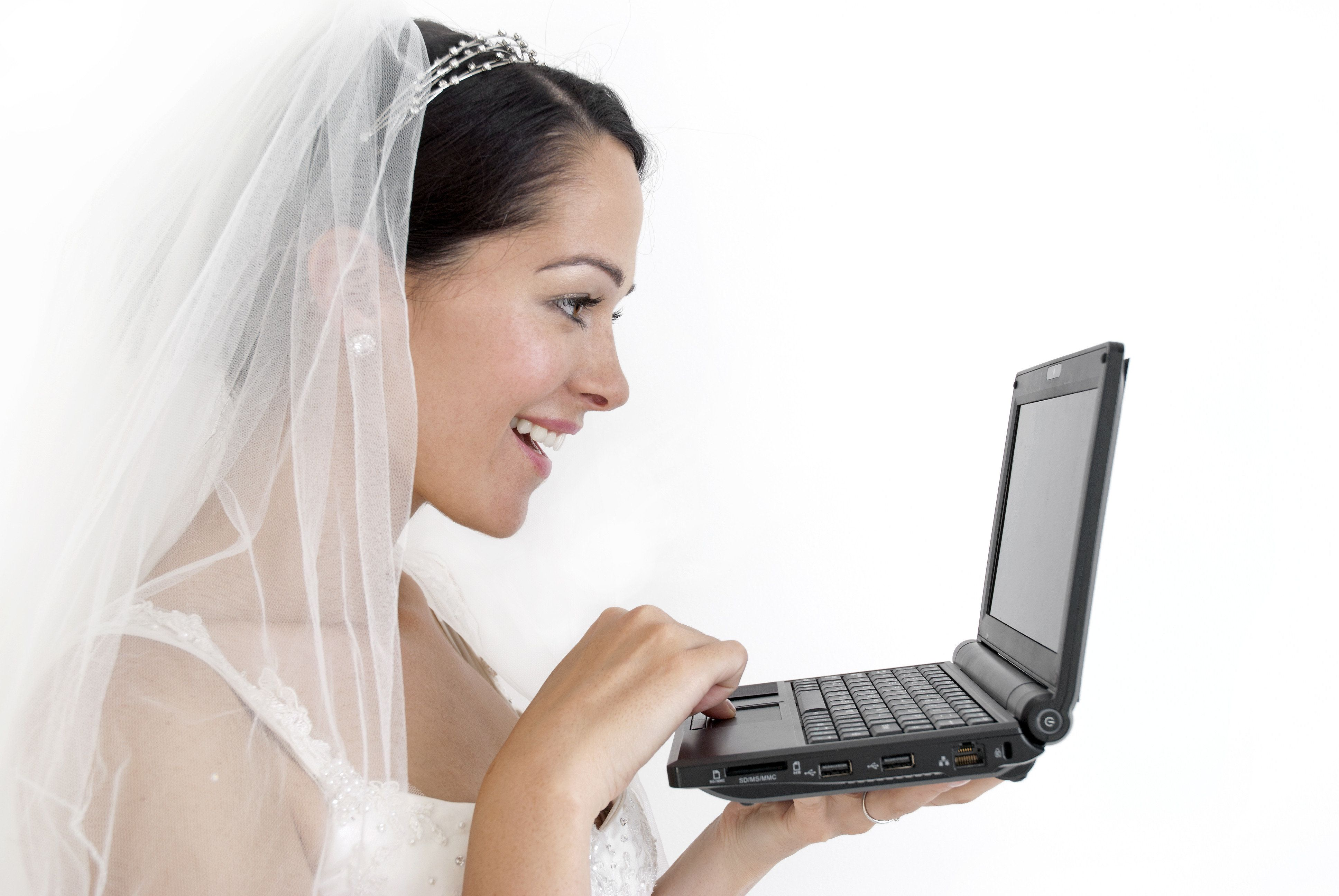 Alexis Madrigal dating online Nord Norfolk radio incontri