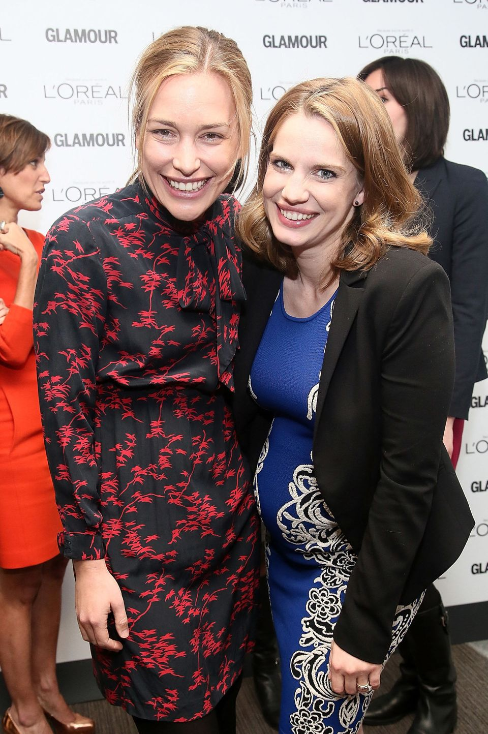 NEW YORK, NY - APRIL 03:  (L-R)  Piper Perabo and Anna Chlumsky  attend the Glamour And L'Oreal Paris Celebration for the Top