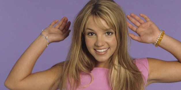 (EXCLUSIVE COVERAGE – PREMIUM RATES APPLY)  Britney Spears poses during a portrait session on May 1, 1999 in Los Angeles, Ca