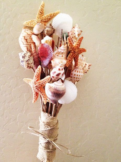 This decorative seashell bouquet will remind Mom of her favorite seaside destination. This way, whatever the weather, she can