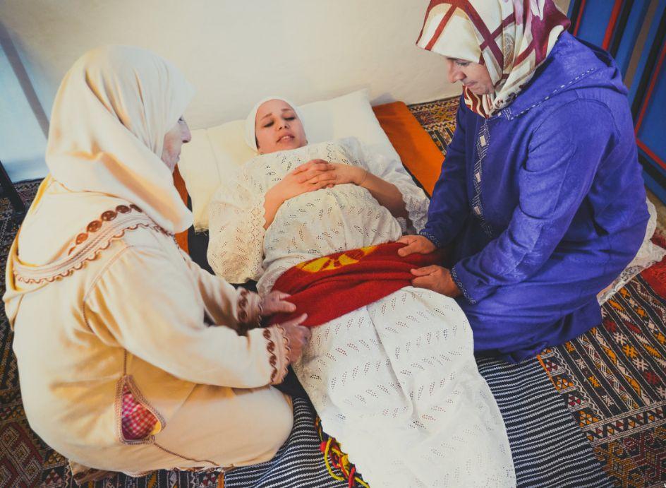 Cette entrepreneure marocaine veut faire revivre le rituel post-partum des
