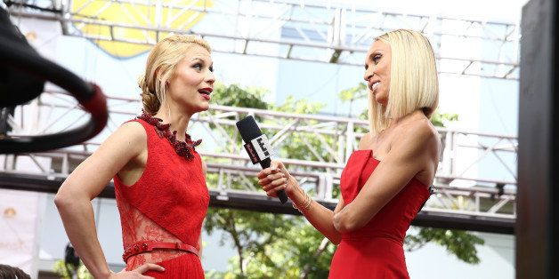 LOS ANGELES, CA - AUGUST 25:  E! LIVE FROM THE RED CARPET -- Pictured: (l-r) Actress Claire Danes and TV personality Giuliana