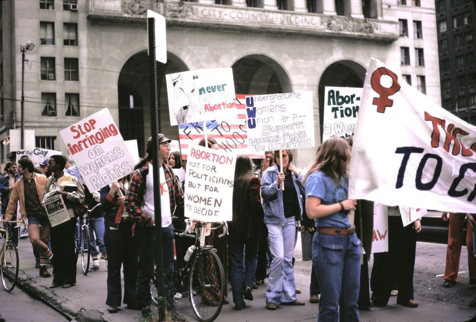 <strong>1974:</strong> Reproductive rights marchers in Pittsburgh, PA, 1974. (Photo by Barbara Freeman/Getty Images)