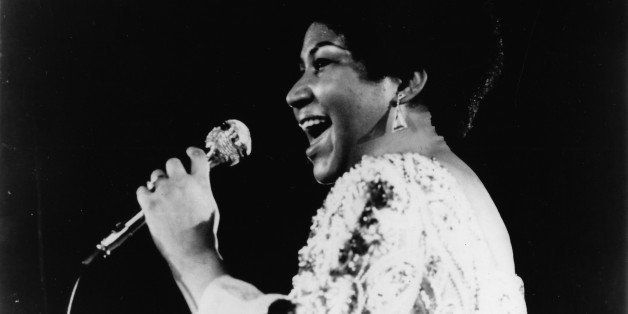 Aretha Franklin performs on stage in 1970 in the United States. (Photo by Gilles Petard/Redferns)
