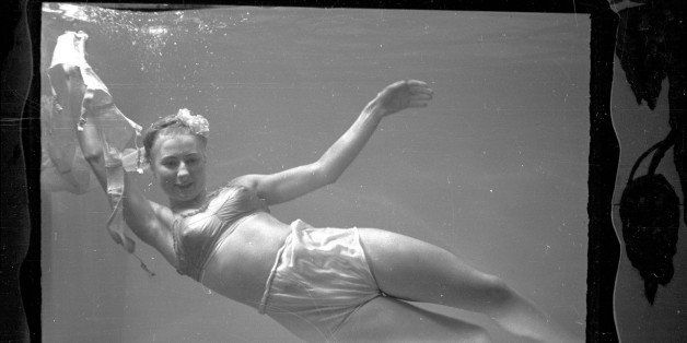 18th December 1948:  Actress Maree Leyland performs a striptease in a specially heated tank twice nightly, in Pete Collins' t