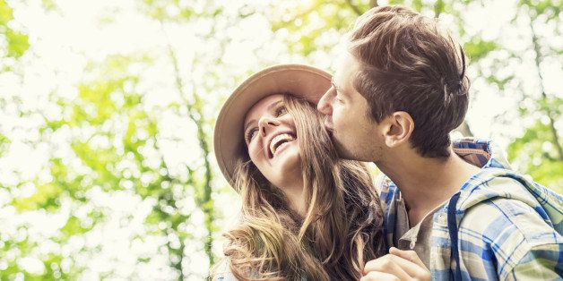 How long after dating someone should you say i love you