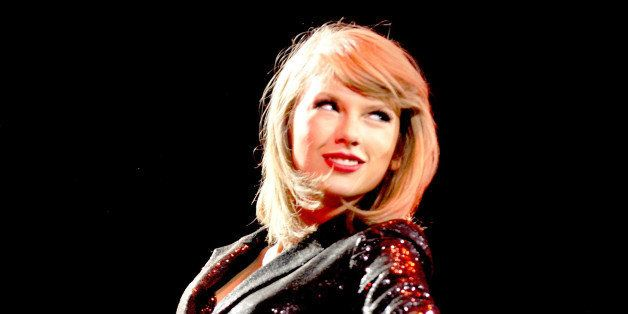 MANCHESTER, ENGLAND - JUNE 24:  Taylor Swift performs at Manchester Arena on June 24, 2015 in Manchester, England.  (Photo by