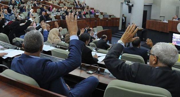 Bouhadja raconte comment les députés s'accaparent les voitures de