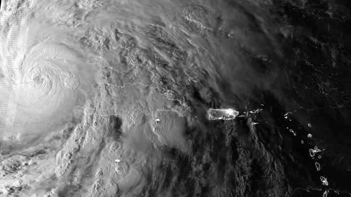 Hurricane Reading: Erik Larson's Thriller Details Deadly
