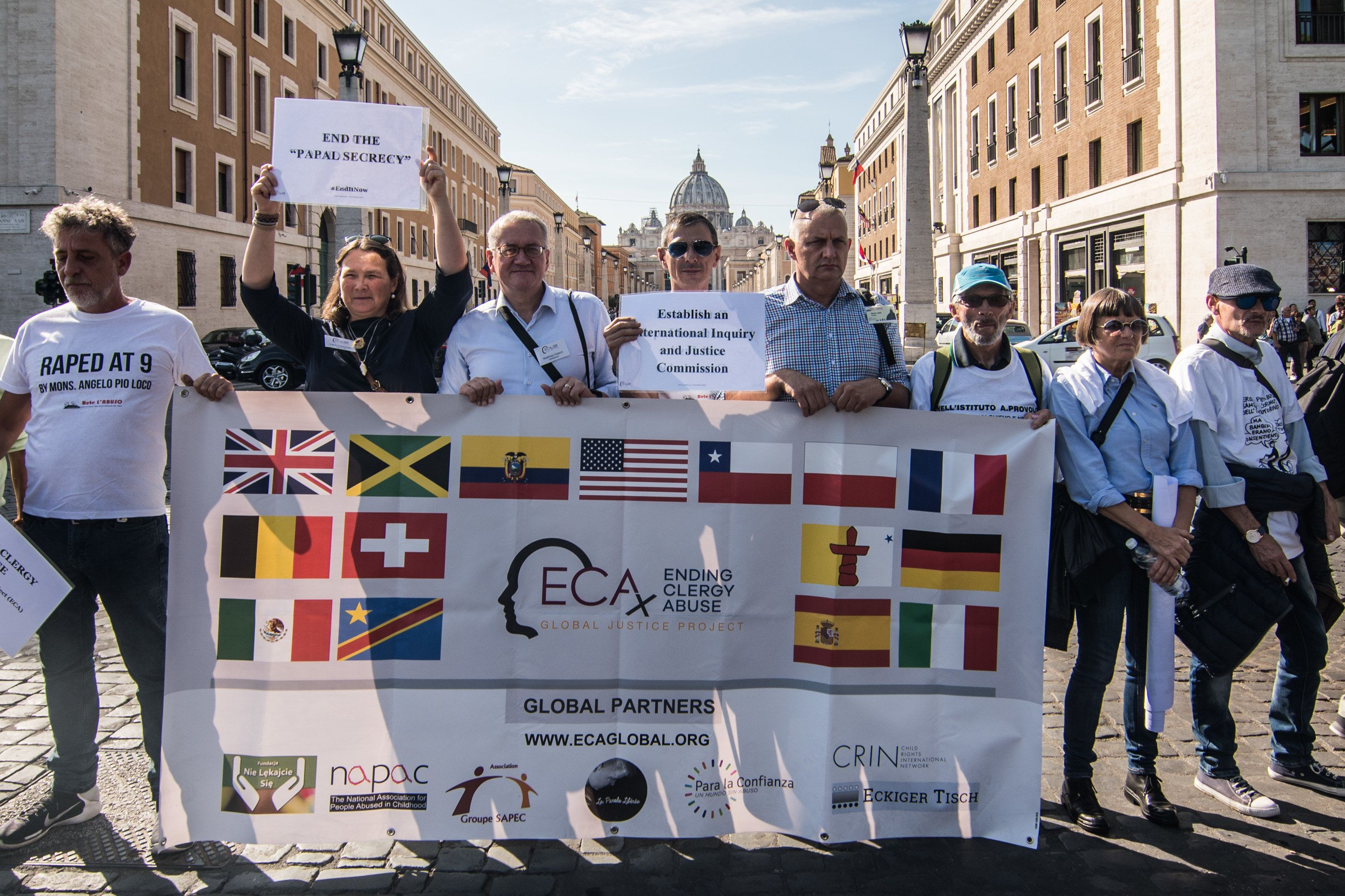ROME, ITALY - OCTOBER 03:  Victims and protestors of the international association ECA Global show banners with messages addressed to Pope Francis on October 3, 2018 in Rome, Italy. Today is the opening of the Synod of Youth in Vatican and in Via della Conciliazione many victims of sexual abuse by clergy from all over the world join together to protest against the inactivity of Pope Francis and the Vatican on the issue of clerical pedophilia.  (Photo by Simone Padovani/Awakening/Getty Images)