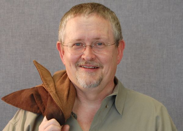 Orson Scott Card is a man who would be better off keeping his mouth shut and just stick to writing lovable sci-fi books. Howe