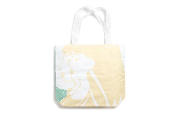 "Litographs has a ton of duo-tone bags abstractly illustrating scenes from classic novels.  From <a href=""http://www.litograph"