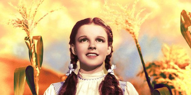 American actress and singer Judy Garland (1922 - 1969) as Dorothy Gale in 'The Wizard of Oz', 1939. (Photo by Silver Screen C