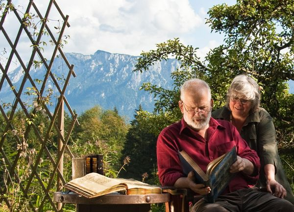 <strong>Location: </strong>86 km from Munich, 674 km from Berlin. <br><br> Located on a lonely hillside in Bavaria, bookselle