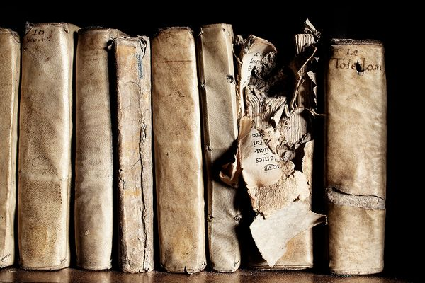 Libraries have been ravaged by wars and destroyed in fires throughout the ages. We came across these evocative scarred books