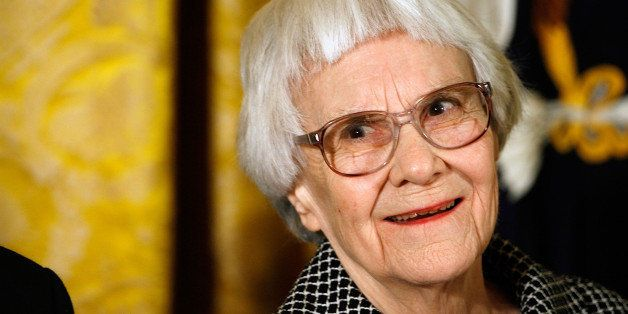WASHINGTON - NOVEMBER 05: Pulitzer Prize winner and 'To Kill A Mockingbird' author Harper Lee smiles before receiving the 200