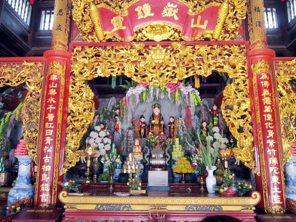 Princess Liễu Hạnh is a singular figure in Vietnamese myth. One of the Four Immortals, divine beings worshipped by the peo