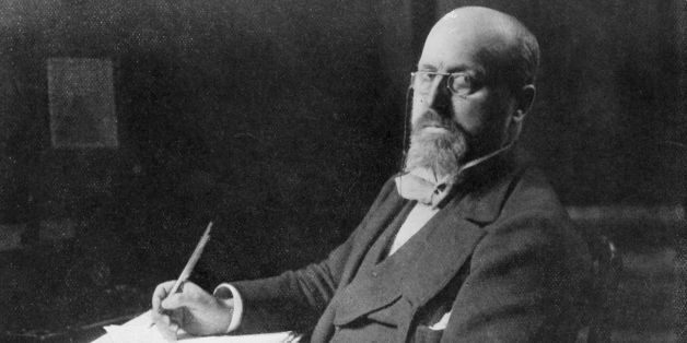 American novelist Henry James (1843 - 1916) in his study.   (Photo by Hulton Archive/Getty Images)