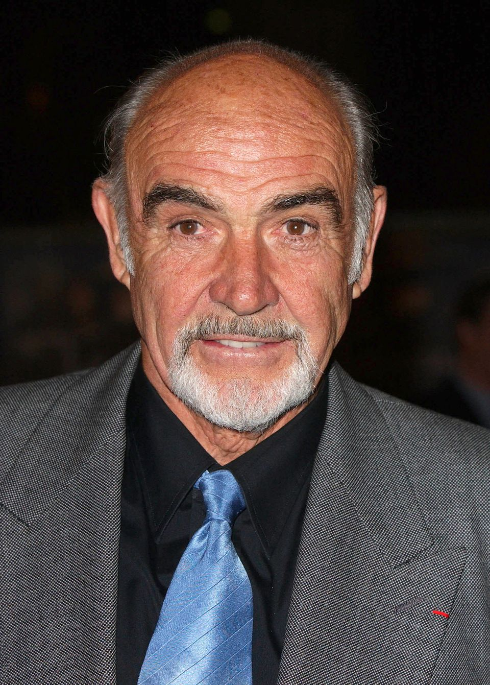 Sean Connery Attends 'The League Of Extraordinary Gentlemen' Premiere In London's Leicester Square. (Photo by Mark Cuthbert/U