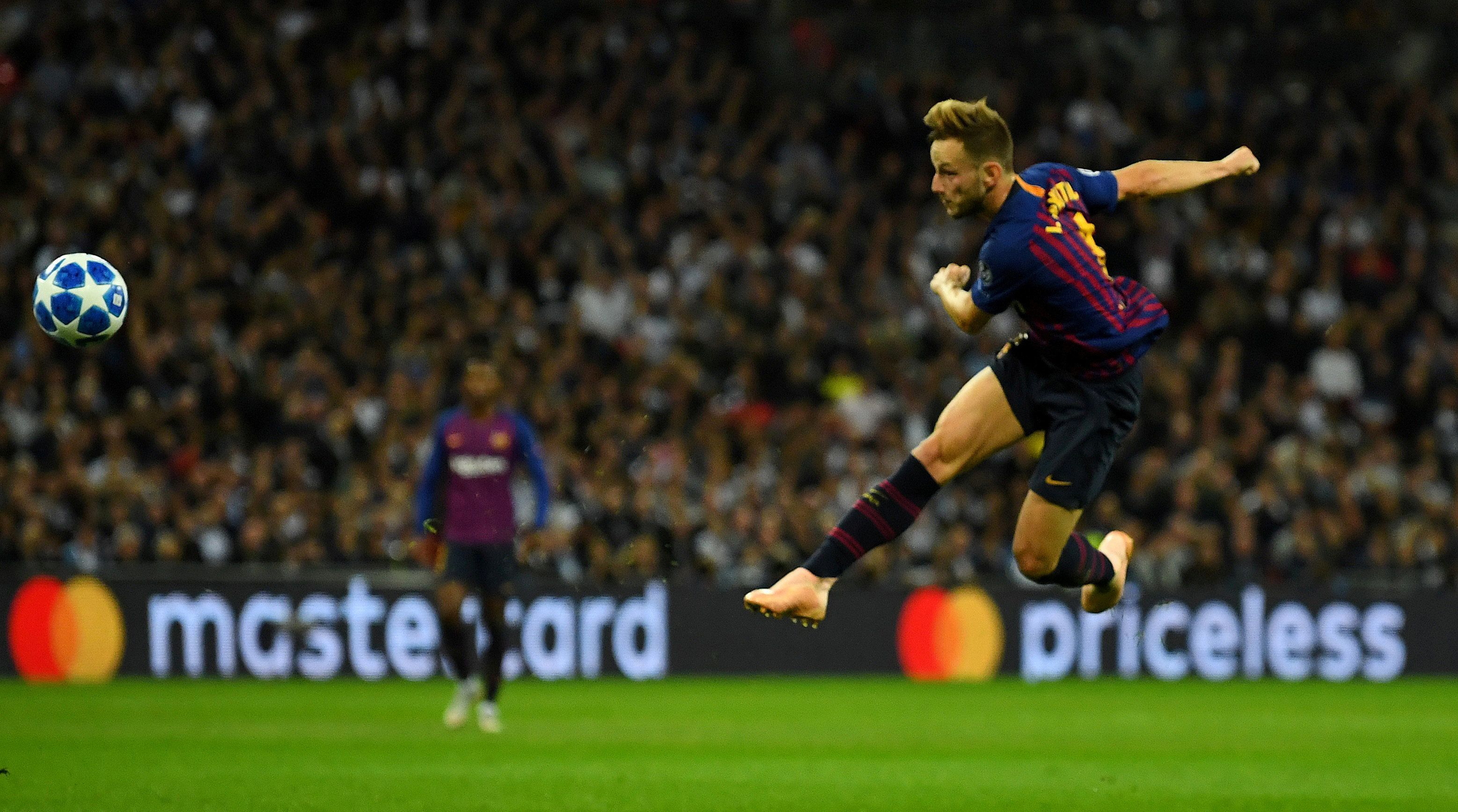 Soccer Football - Champions League - Group Stage - Group B - Tottenham Hotspur v FC Barcelona - Wembley Stadium, London, Britain - October 3, 2018  Barcelona's Ivan Rakitic scores their second goal   REUTERS/Dylan Martinez     TPX IMAGES OF THE DAY