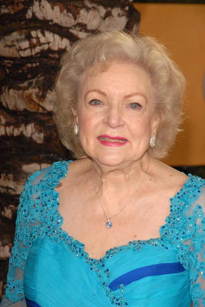 betty white  at the 16th annual ...