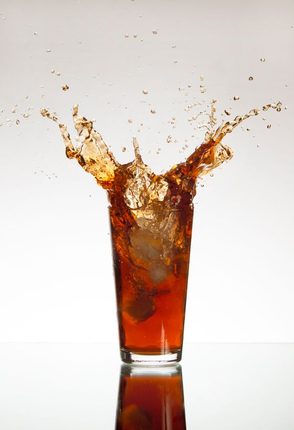 "You've probably heard that <a href=""https://www.huffpost.com/entry/diet-soda-teeth-similar-to-meth-photos_n_3348158"" target="""