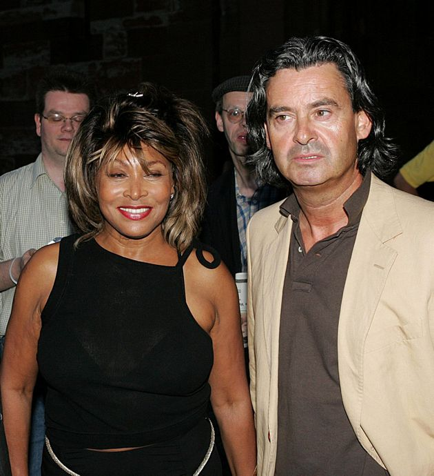 Younger hollywood man older woman couples 17 Relationships