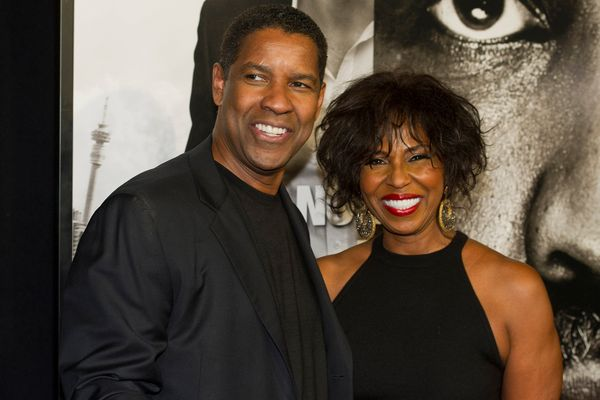 <strong>Age gap:</strong> 4 years  They met at a hotel restaurant in 1977, but it took actors Denzel and Pauletta Washington