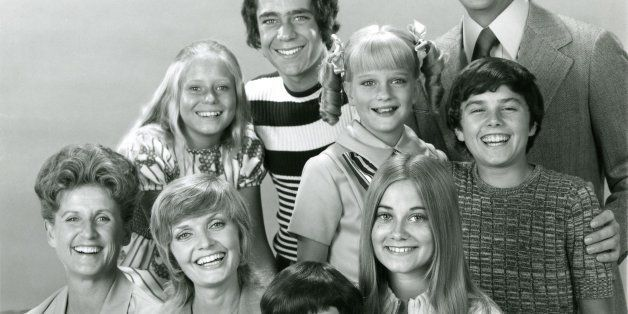 UNITED STATES - SEPTEMBER 17:  THE BRADY BUNCH - cast gallery - Season Three - 9/17/71, Top row: Barry Williams (Greg), Rober