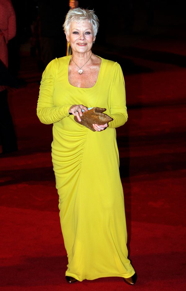 """A vision in yellow at the """"Nine"""" London premiere."""