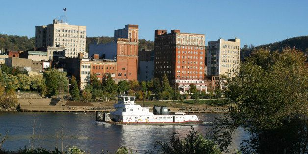 Ohio River Tug Boat. Wheeling. West Virginia.See more of my