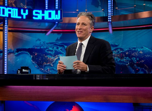 You may not know it, but before he became one of America's favorite satirical news anchors, Jon Stewart was a brown-haired ta