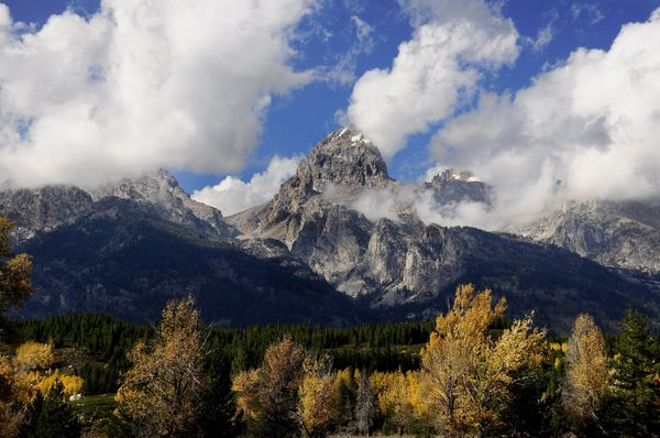 Besides Wyoming's breathtaking natural beauty -- it's home to both Grand Teton National Park and Yellowstone National Park --