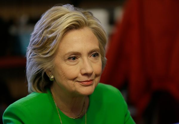 """<a href=""""http://www.nytimes.com/2015/04/13/us/politics/hillary-clinton-2016-presidential-campaign.html"""" target=""""_blank"""">Hilla"""