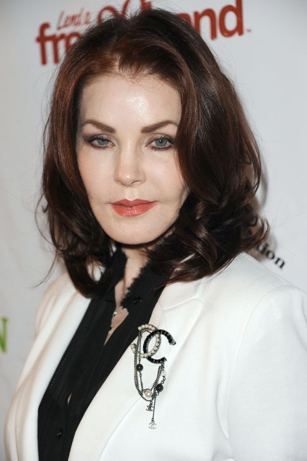 Priscilla Presley, who turns 70 this year, is still as glamorous as ever. She's still as beautiful as we remember her in the