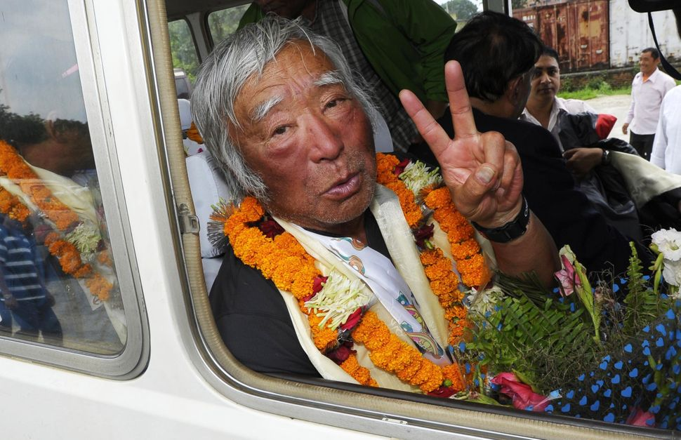 "Japanese adventurer <a href=""https://www.huffpost.com/entry/oldest-to-climb-mount-everest-yuichiro-miura_n_3339911"" target=""_"