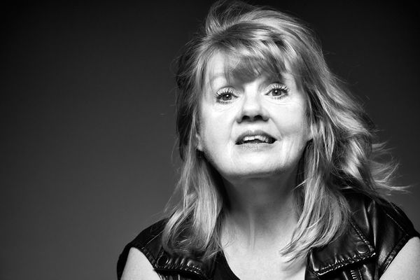"Singer/actress Annie Golden currently appears on ""Orange is the New Black,"" and she just won a SAG award."