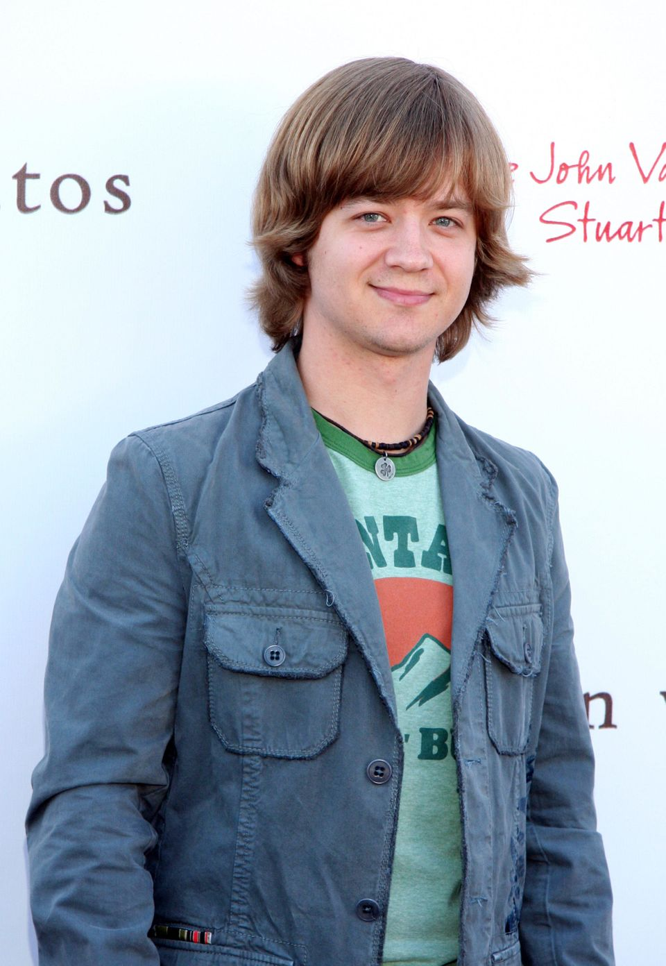 In 2006, he played 15-year-old Jackson Stewart on <em>Hannah Montana</em> when he was 29 years old.   Age difference: 14 year