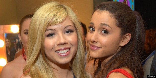 LOS ANGELES, CA - MARCH 23:  Actresses Jeanette McCurdy and Ariana Grande seen backstage at Nickelodeon's 26th Annual Kids' C