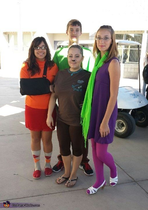 "<a href=""http://www.costume-works.com/costumes_for_groups/scooby-doo_gang.html"" target=""_blank"">via Costume Works</a>"