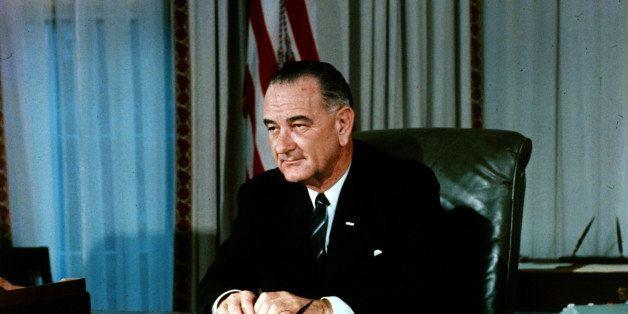 Politics, U,S,A, pic: 1960's, American President Lyndon B,Johnson at his desk, Democratic politician Lyndon B,Johnson, (1908-