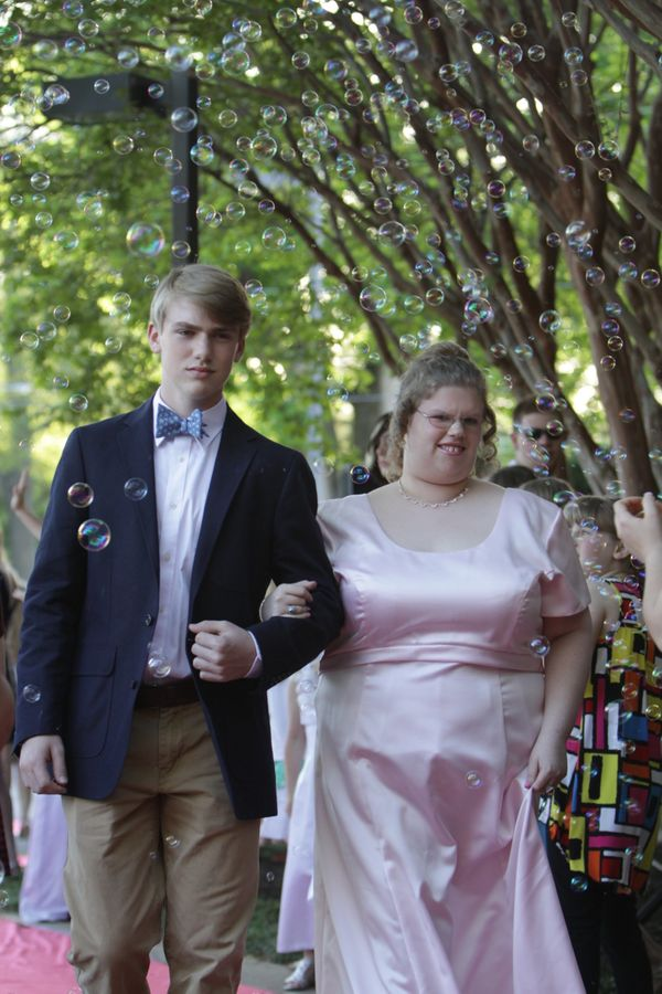 "Teens With Disabilities Sparkle at Special Prom (Courtesy <a href=""http://www.memphisjoyprom.org"">Memphis Joy Prom</a>)"