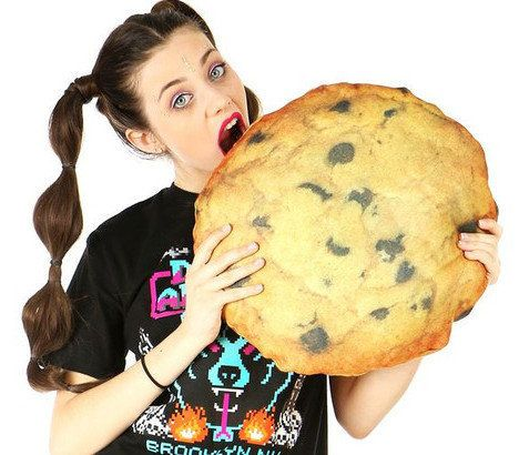 """<em><a href=""""http://www.shopjeen.com/collections/under-20-gifts/products/cookie-pillow"""" target=""""_hplink"""">Shop Jeen</a>, $16.0"""