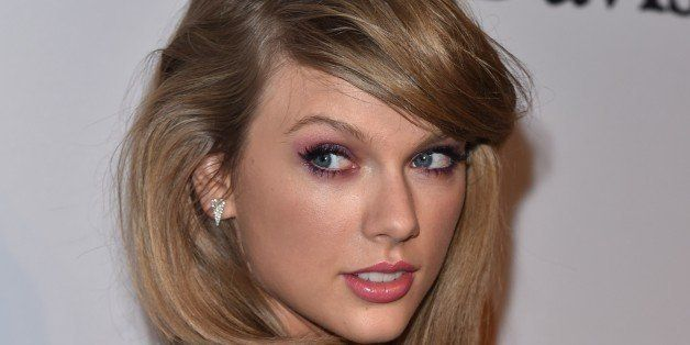 Taylor Swift arrives at the 2015 Clive Davis Pre-Grammy Gala at the Beverly Hilton Hotel on Saturday, Feb. 7, 2015, in Beverl