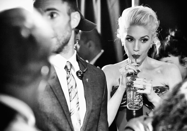 Never has sipping a drink looked so chic. Love Gwen so much!