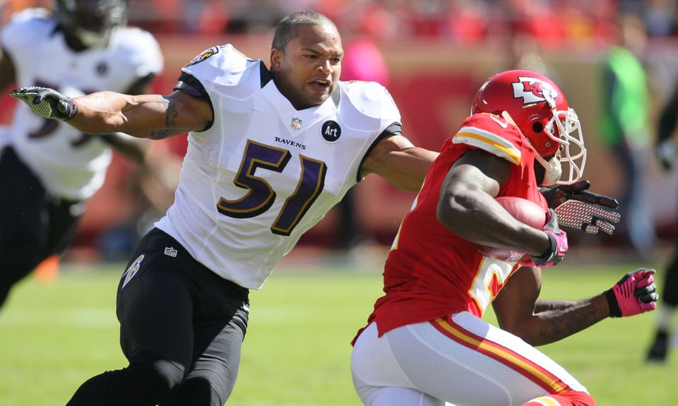 Baltimore Ravens linebacker Brendon Ayanbadejo (51) tackles Kansas City Chiefs defensive back Javier Arenas (21) during the f