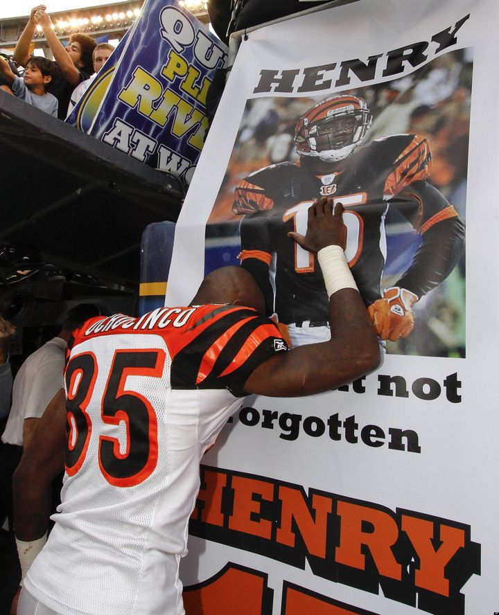 Chris Henry Funeral: Bengals To Attend Teammate's Memorial | HuffPost  for cheap