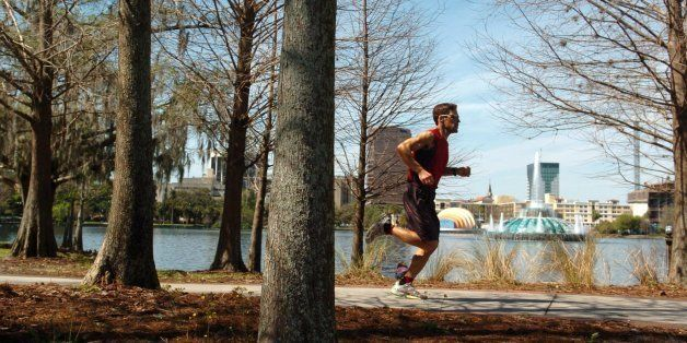 Dean Karnazes runs around Lake Eola in Orlando, Florida, February 28, 2006. Karnazes is one of the fittest people in the worl