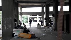 Εκκενώθηκε κτίριο - αυτοσχέδιος καταυλισμός μεταναστών στη