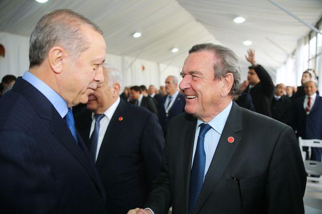 Erdogan Wollte Zu Schroder Hochzeit Kommen Verhinderte Merkel Es